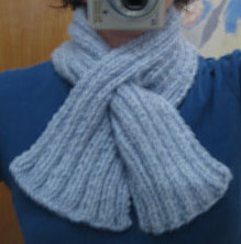 Knitted Keyhole Scarf Pattern : the blue blog patterns: beginners scarves