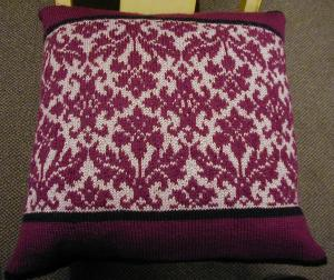 Dale of Norway pillow :  pillow knitting fair isle knitting pattern